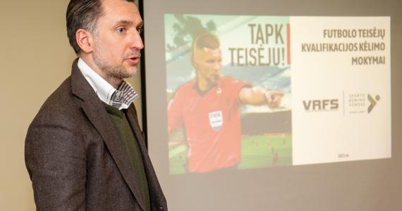 VRFS kursai – galimybė praplėsti futbolo teisėjų ratą
